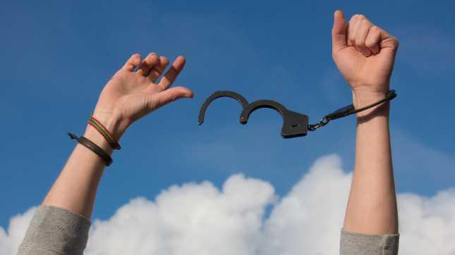 人によって態度を変えると人間関係に悩まない