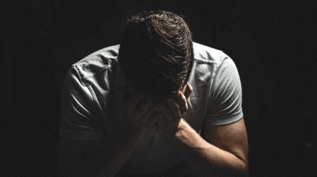 状況問わず、いっぱいいっぱいで泣く仕事はわりとやばい